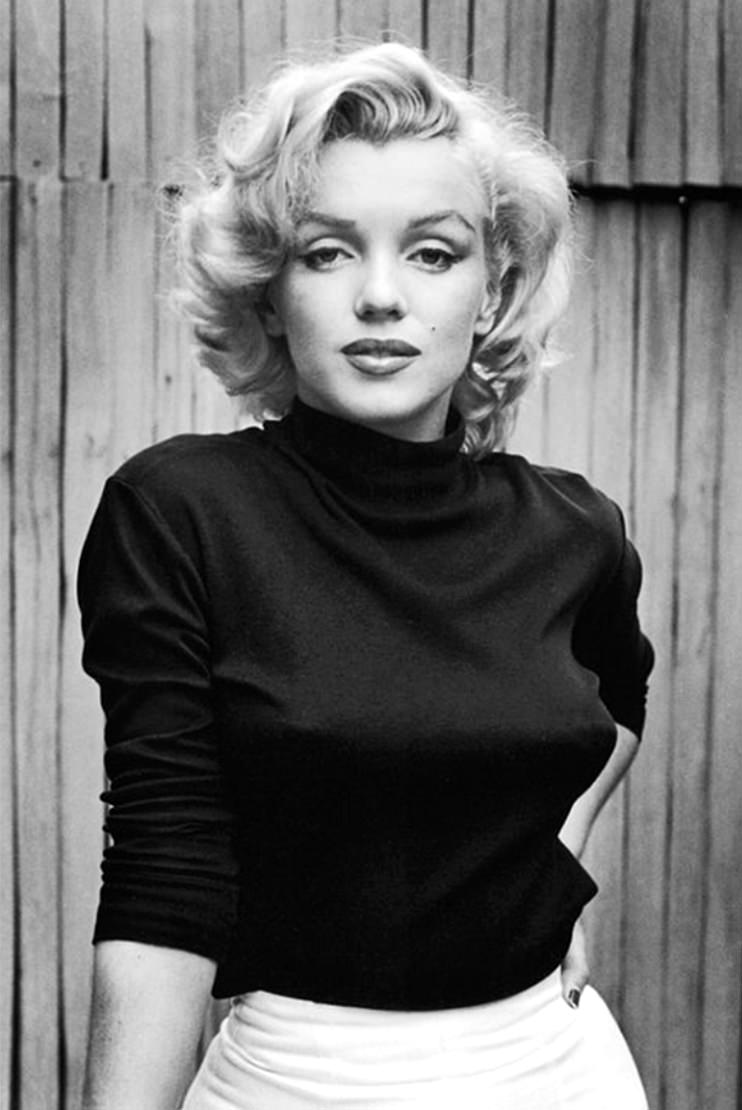 Marilyn Monroe, top turtleneck
