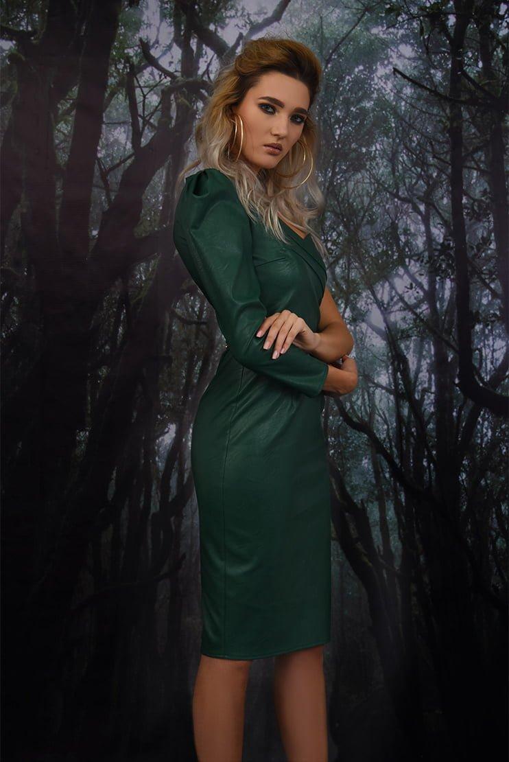 Rochie eleganta cu corset si pliuri