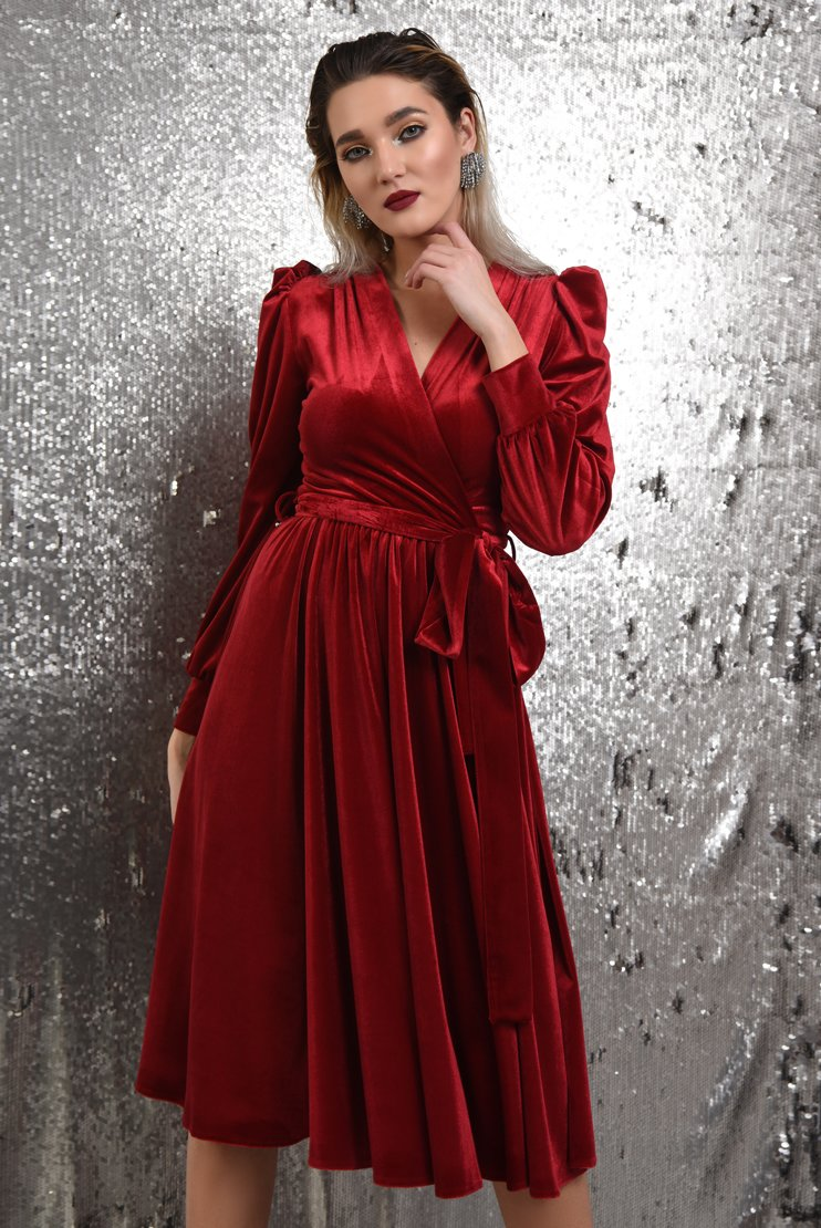 Rochie rosie eleganta cu cordon