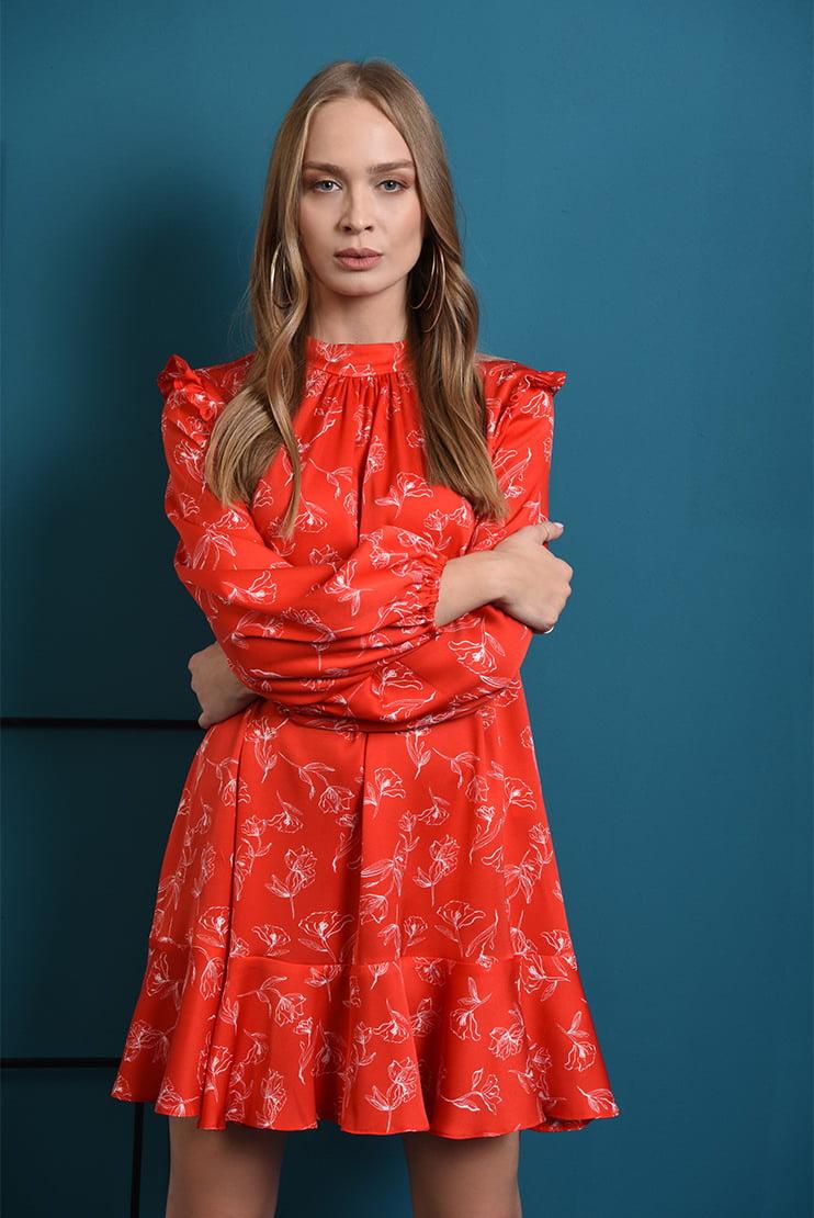Rochie rosie din satin cu motive florale