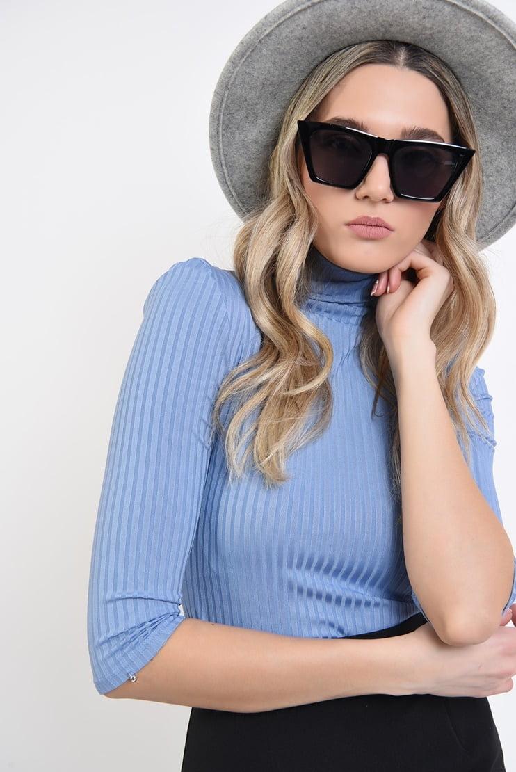 Bluza bleu cu guler turtleneck