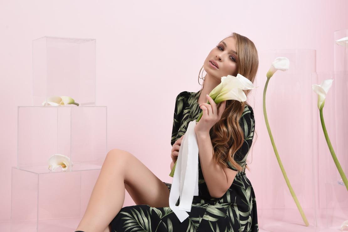 Rochie evazata cu imprimeu floral