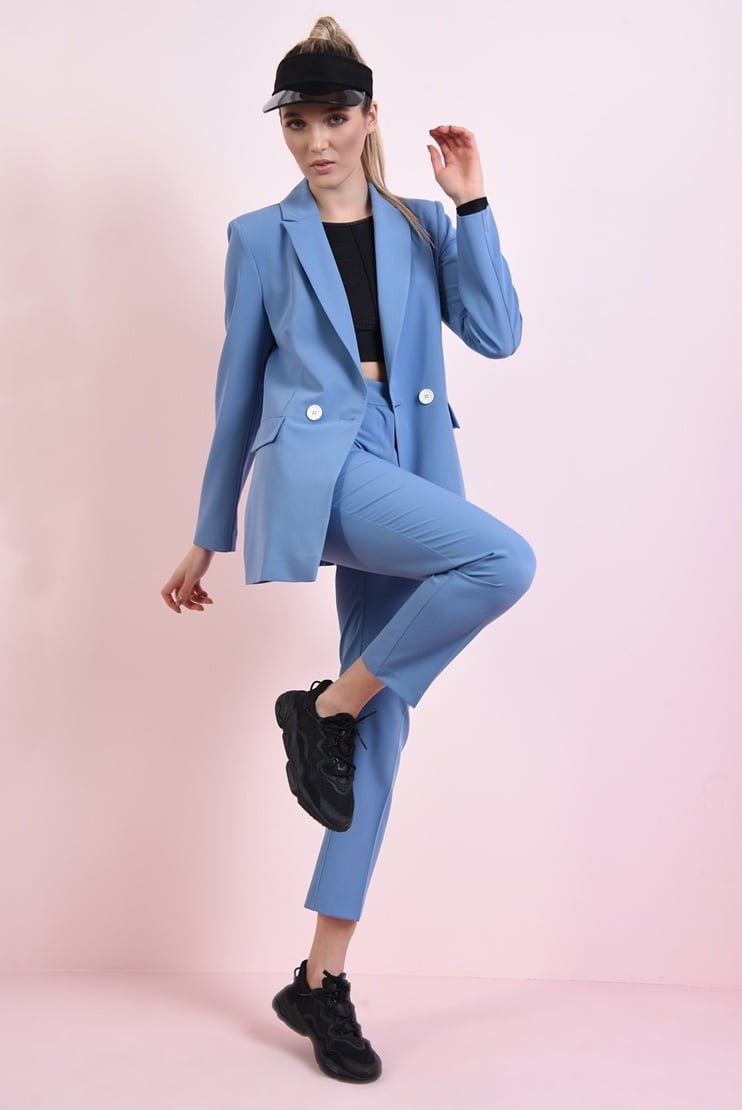 Costum casual albastru