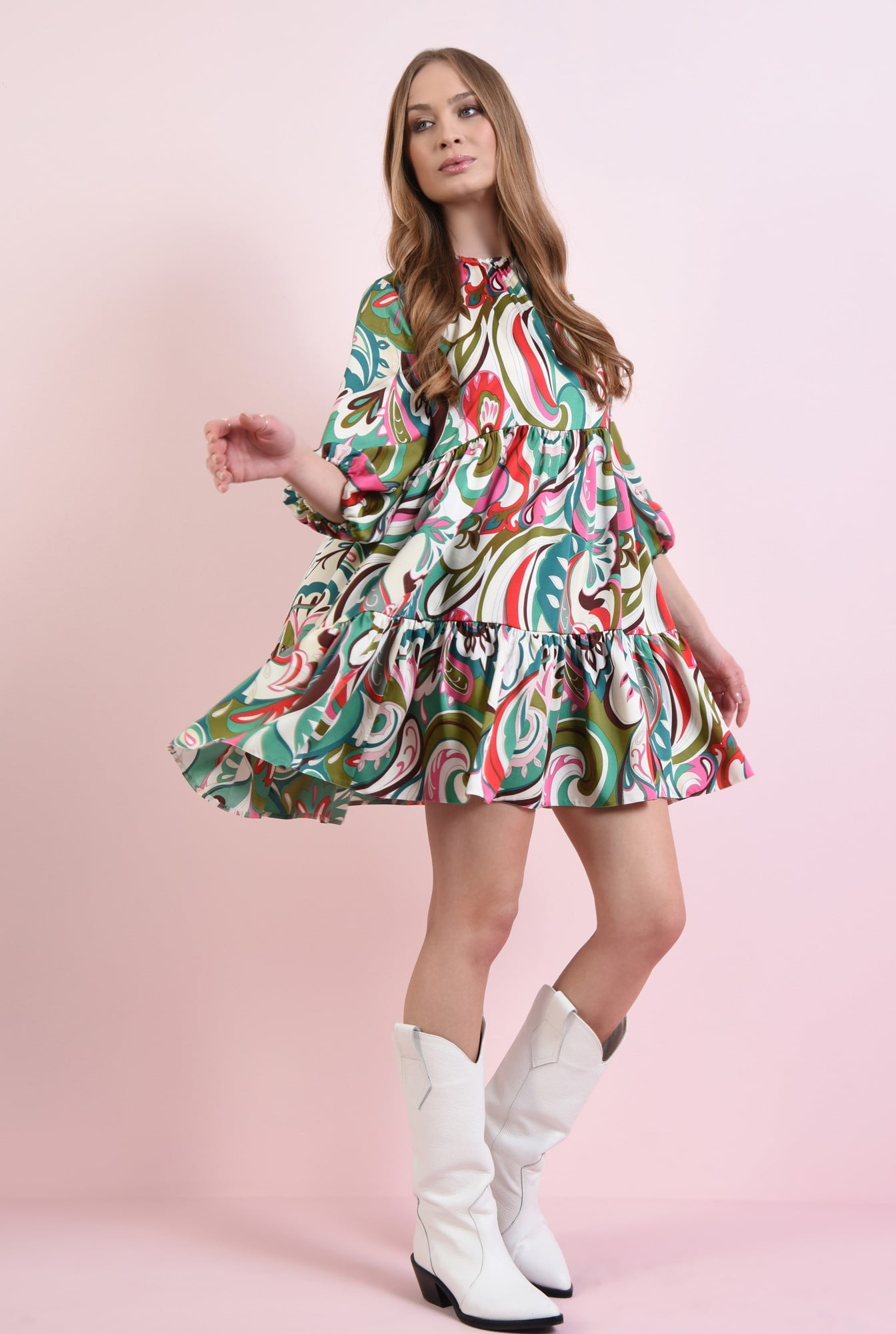Rochie evazata cu print multicolor