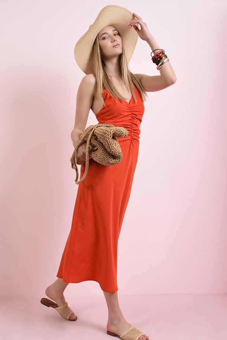 Rochie rosie lunga cu bust fronsat