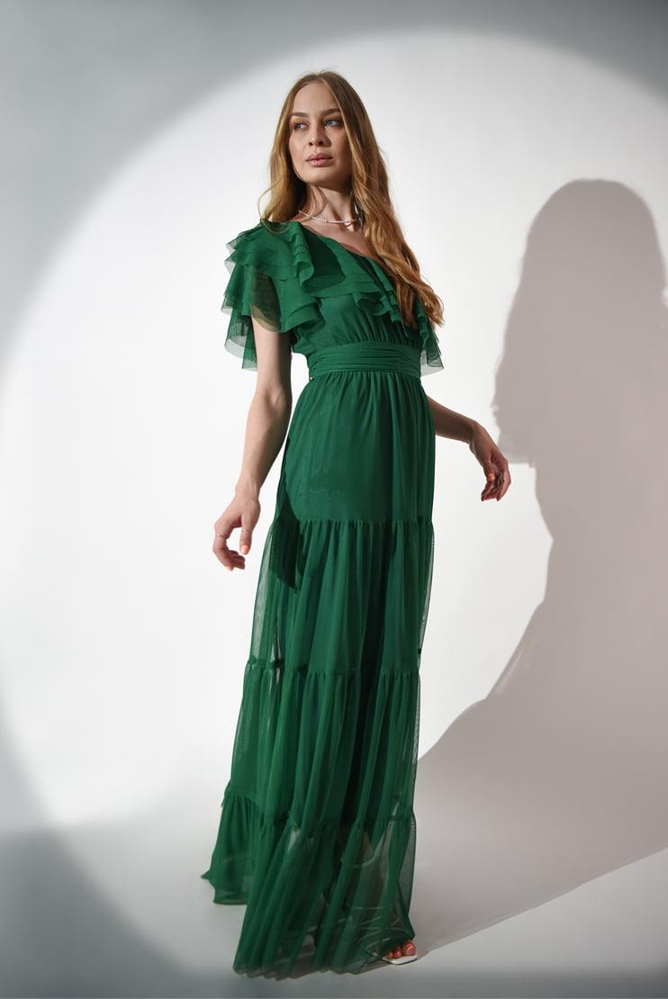 Rochie lunga din tul cu decolteu asimetric